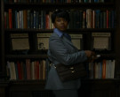 The New York Times Newspapers in Hunters S01E04 The Pious Thieves (2)