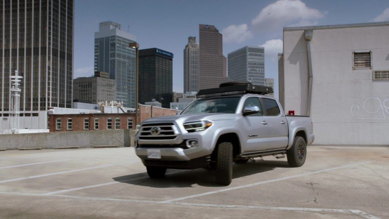 Toyota Tacoma Pickup Truck in MacGyver Season 4 Episode 1 Fire + Ashes + Legacy = Phoenix (5)