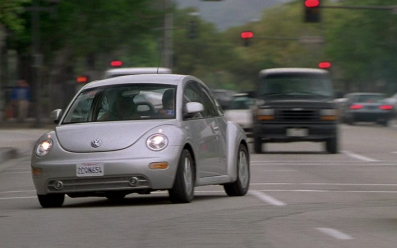 Volkswagen Beetle Car Driven by Janet Jackson as Denise in Nutty Professor II The Klumps (5)