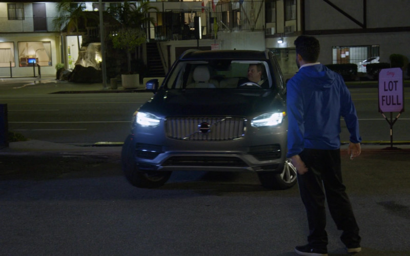 Volvo XC90 SUV Driven by Jeff Greene in Curb Your Enthusiasm S10E06 (1)