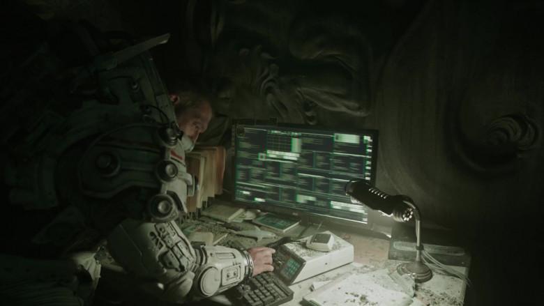 AOC Monitor in Underwater (2020)