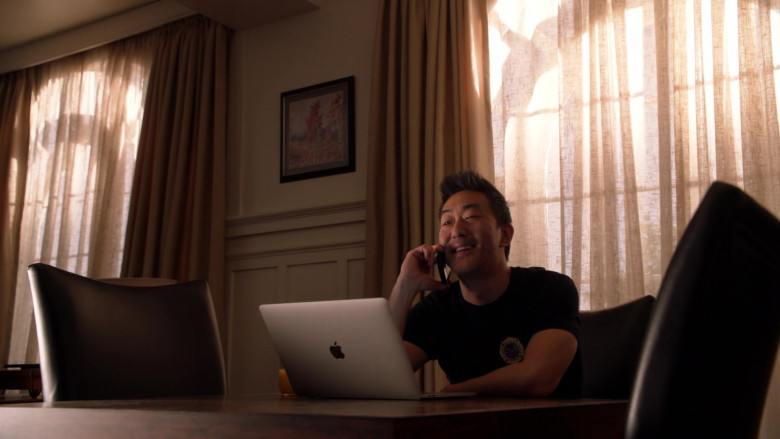 Apple MacBook Laptop Used by Kenneth Choi in 9-1-1 S03E13