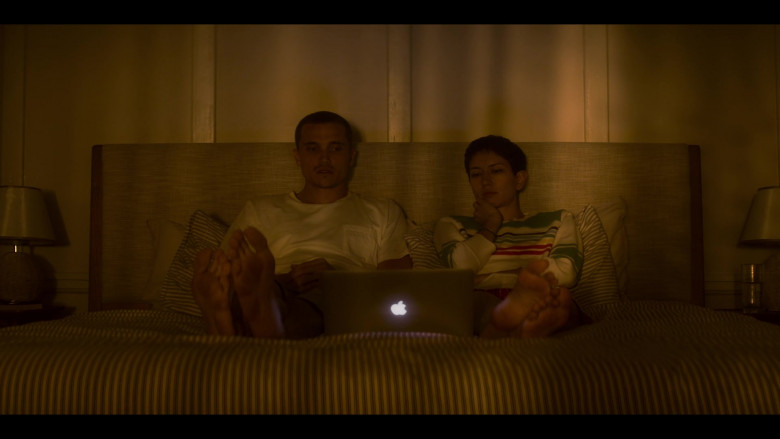 Apple MacBook Laptop in Devs S01E05
