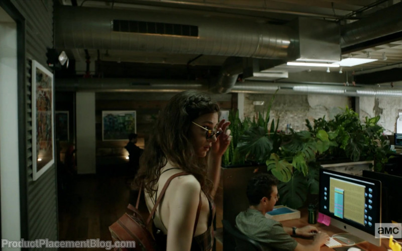 Apple iMac in Dispatches from Elsewhere S01E02 Simone (1)