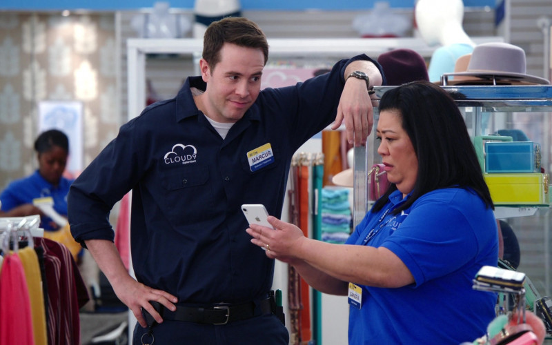Apple iPhone Smartphone Held by Kaliko Kauahi in Superstore S05E19 (1)