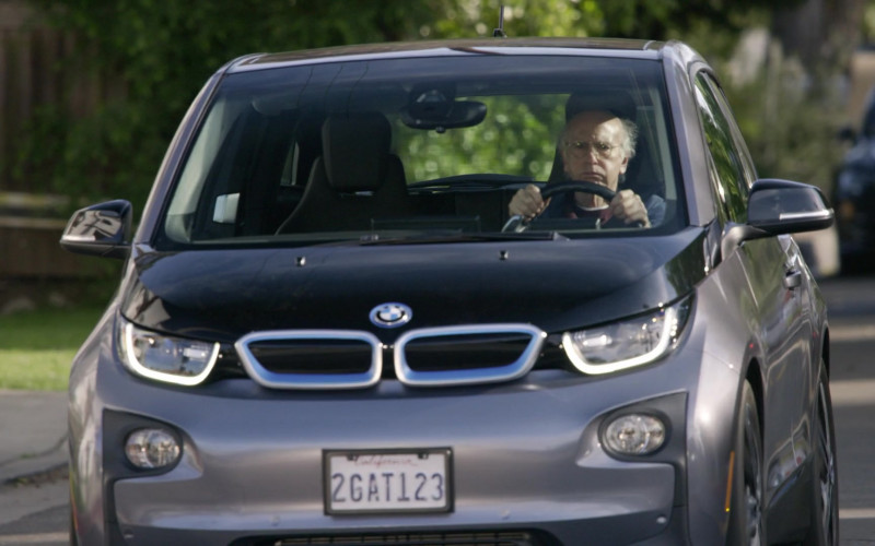 BMW i3 Car in Curb Your Enthusiasm S10E09 Beep Panic (1)