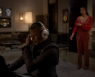 Blue Headphones Used by Terrence Howard as Lucious Lyon, né Dwight Walker in Empire (2)