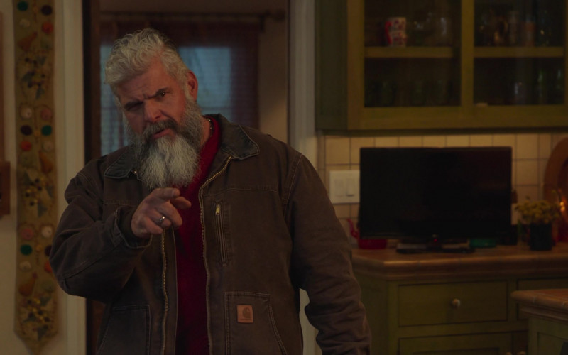 Carhartt Men's Jacket in Better Things S04E05 (1)