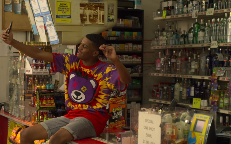 Cheetos Flavor Shots in On My Block S03E07