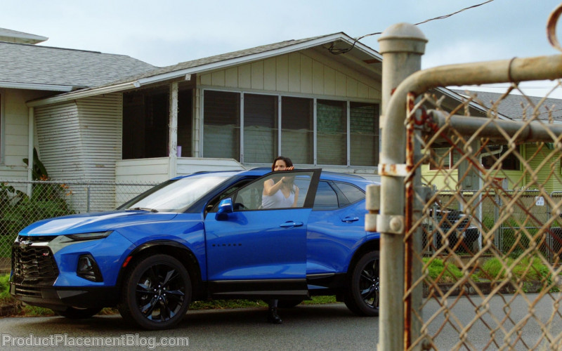 Chevrolet Blazer Blue Car in Hawaii Five-0 S10E19 (1)