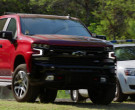 Chevrolet Silverado Z71 Off-Road Package Red Pickup Truck in Hawaii Five-0 S10E19 (2)