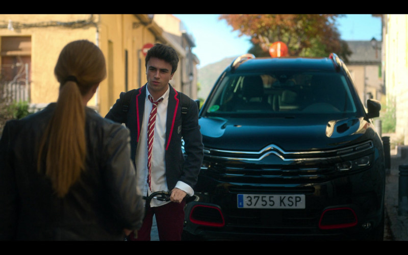 Citroen Black SUV in Elite S03E03 Cayetana y Valerio (2020)