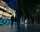 Coach Store in Westworld S03E01 Parce Domine (2)