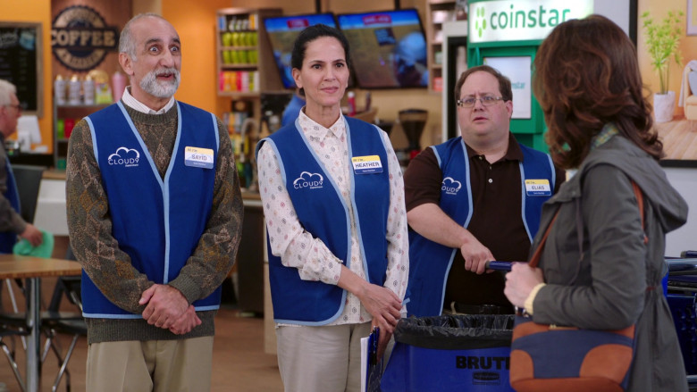 Coinstar in Superstore S05E19 (3)