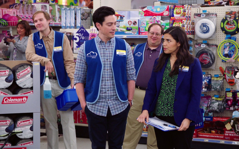 Coleman in Superstore S05E18 Playdate (1)