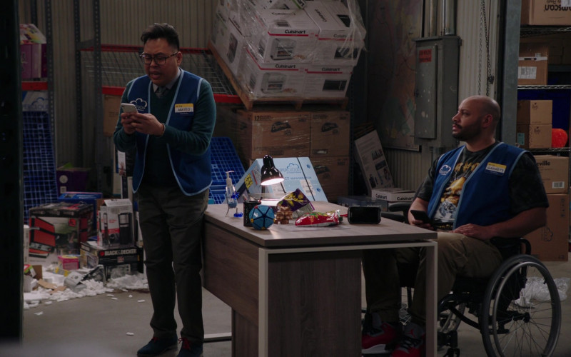 Cuisinart in Superstore S05E19 Carol's Back (2020)