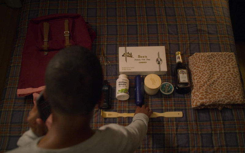 Davidoff Perfume, See's Candies, Nutricost Ginkgo Biloba, Ice Breakers Mints, Manischewitz in On My Block S03E03