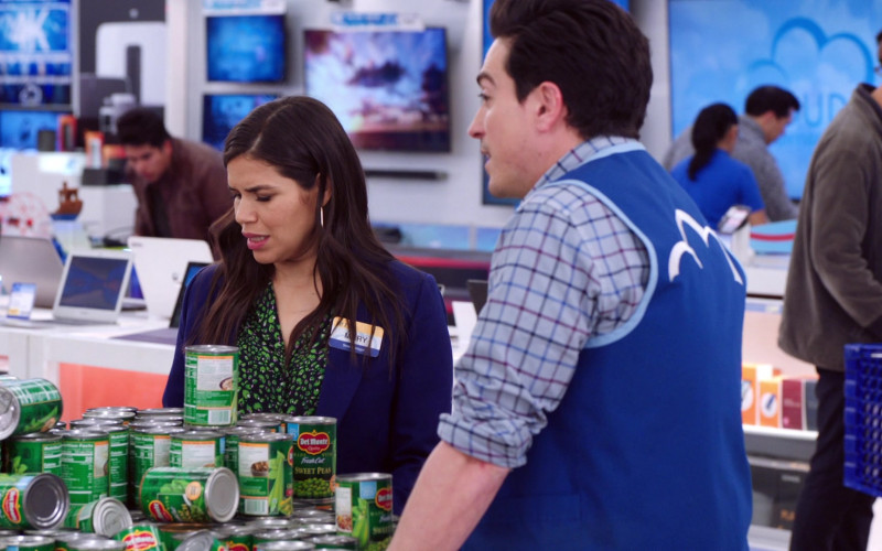 Del Monte Foods Sweet Peas in Superstore S05E18