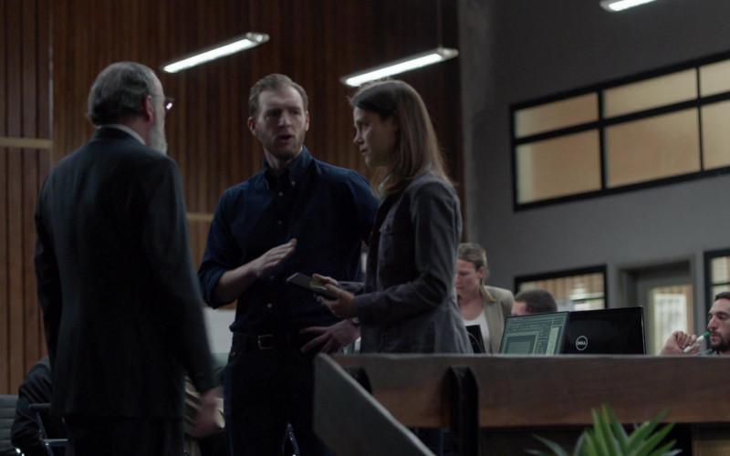 Dell Monitor in Homeland S08E07 F… Shot Me (2020)