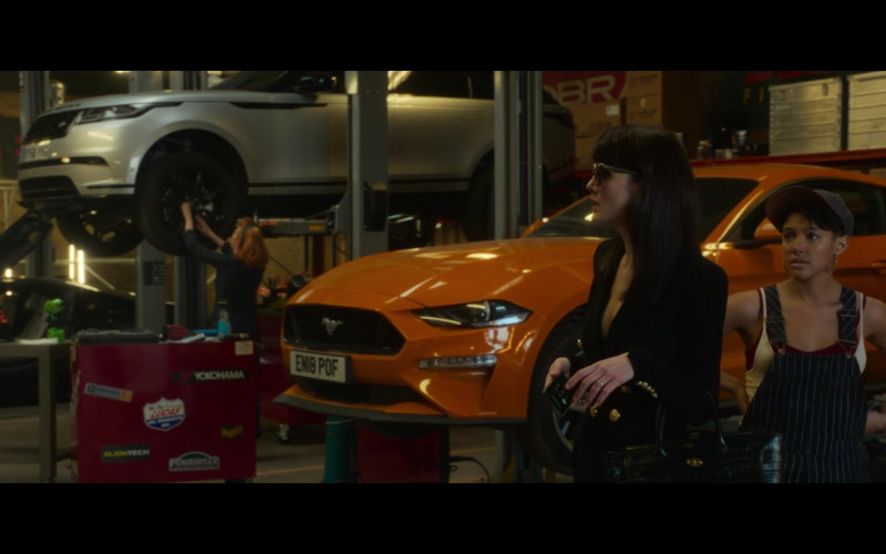 Ford Mustang Orange Car in The Gentlemen (2019)