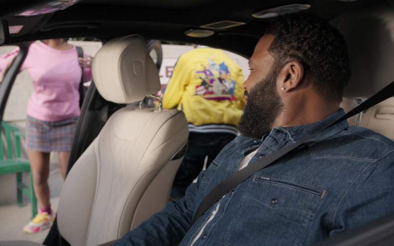 G-Star RAW Denim Jacket Worn by Anthony Anderson as Andre 'Dre' Johnson in Black-ish S06E19 (1)