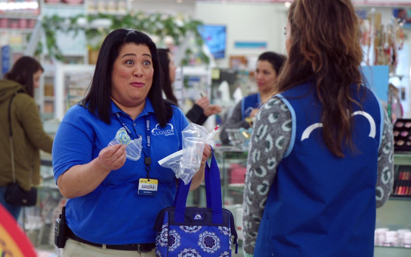 Igloo Bag Held by Kaliko Kauahi in Superstore S05E18 Playdate (2020)