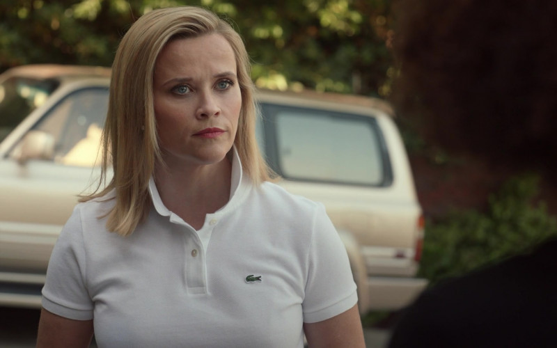 Lacoste White Polo Shirt Worn by Reese Witherspoon as Elena Richardson in Little Fires Everywhere S01E01 (1)