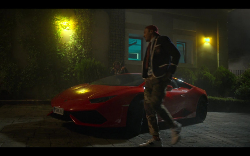 Lamborghini Red Sports Car and New Balance White Sneakers in Elite S03E03