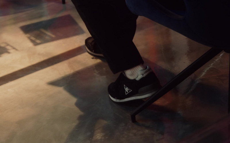 Le Coq Sportif Sneakers in Followers S01E08 Reboot (2020)