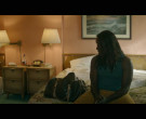Louis Vuitton Bag in Black Monday S02E02 So Antoine (3)