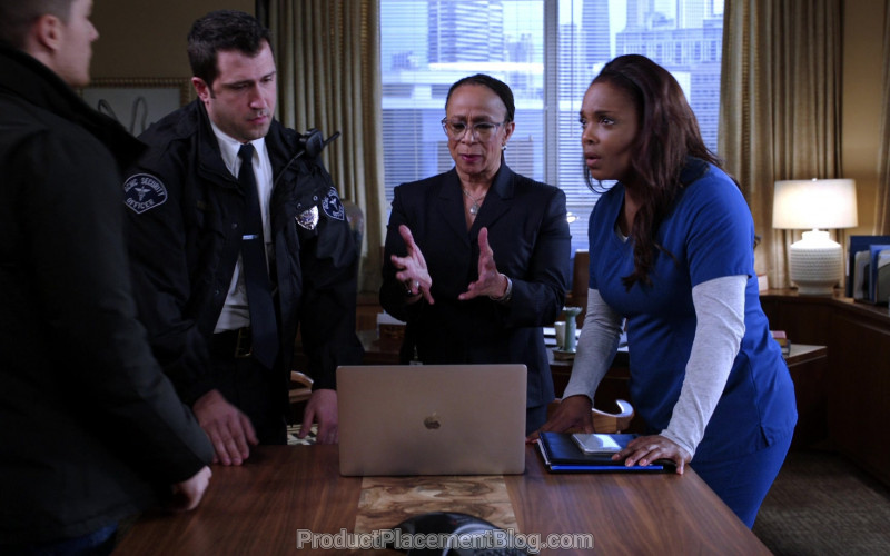 MacBook Laptop by Apple in Chicago Med S05E16 I Will Do No Harm (2)
