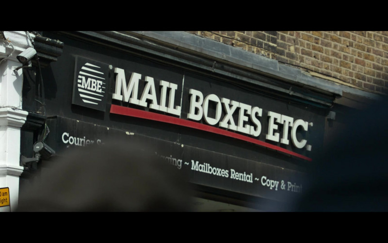 Mail Boxes Etc. in The Gentlemen (2)