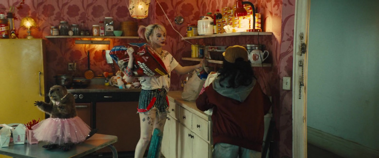 Maintain Chunks Dog Food Held by Margot Robbie as Harleen Quinzel in Birds of Prey (2)