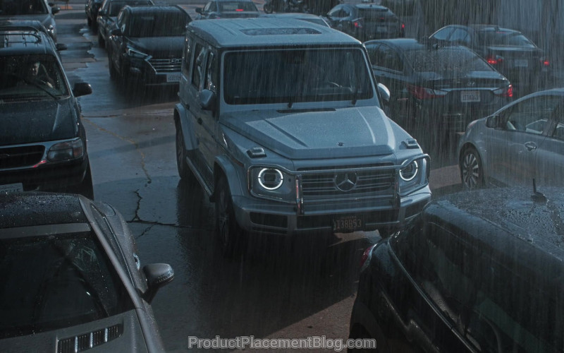 "Mercedes-Benz Geländewagen Car in Better Things S04E02 ""She's Fifty"" (2020)"