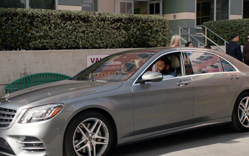 Mercedes-Benz S-Class Car Driven by Anthony Anderson in Black-ish S06E19 (1)
