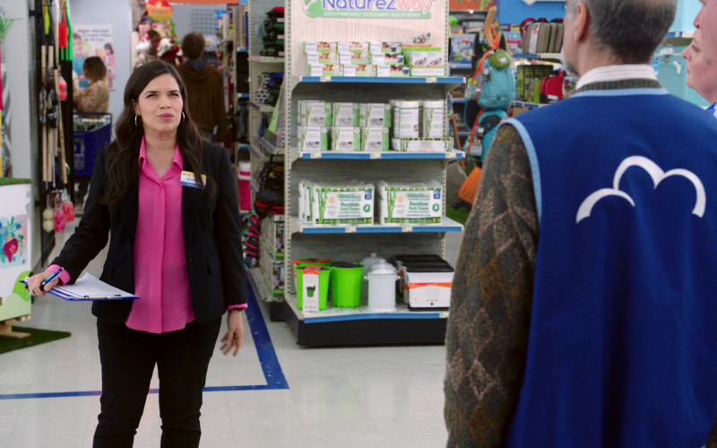 NatureZway in Superstore S05E19 Carol's Back (2020)