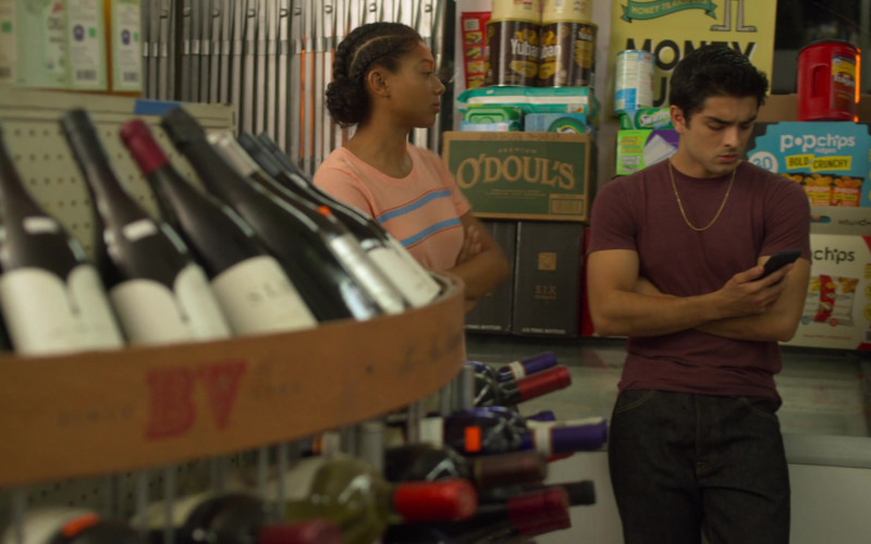 O'Doul's and Popchips in On My Block S03E07