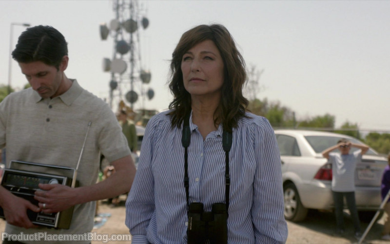 Olympus Binocular Used by Catherine Keener as Deirdre 'Didi' Perera in Kidding S02E10 (1)