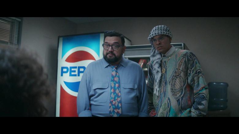 Pepsi Vending Machine in Black Monday S02E04 (1)