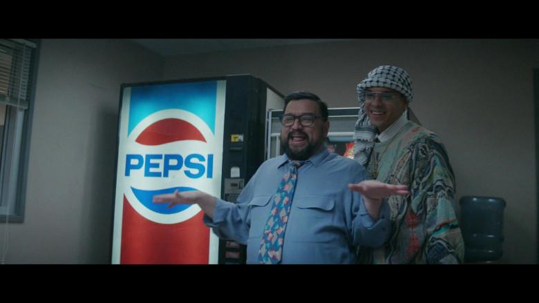 Pepsi Vending Machine in Black Monday S02E04 (2)