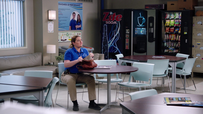 Popchips, Lays, Tim's Snacks, Fritos, Doritos, M&M's, Snickers, Twix in Superstore S05E19