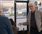 Purell Advanced Hand Sanitizer in Curb Your Enthusiasm S10E09 (2)