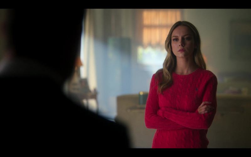 Ralph Lauren Red Knit Sweater Worn by Ester Expósito as Carla Rosón Caleruega in Elite S03E01