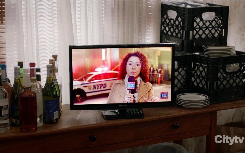 Samsung TV in Manifest S02E12