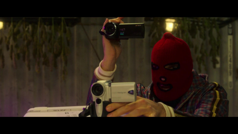 Sony Camcorder in The Gentlemen (2)