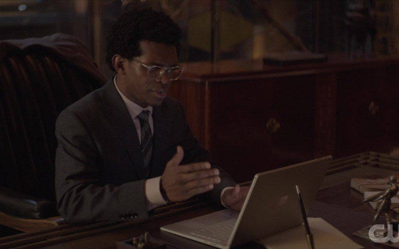Surface Laptop by Microsoft Used by Camrus Johnson as Luke Fox in Batwoman S01E15 (1)
