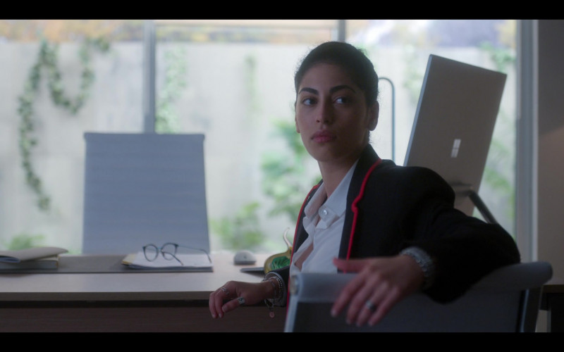 Surface Studio All-In-One Computer by Microsoft in Elite S03E05 Ander