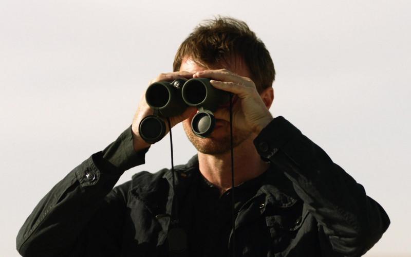 Swarovski Binocular in Homeland S08E07 (1)