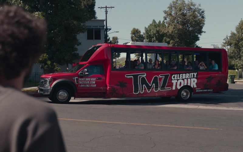 TMZ Celebrity Tour Bus in Dave S01E04 Somebody…