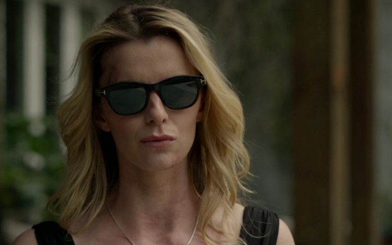 Tom Ford Sunglasses Worn by Betty Gilpin in The Hunt (2020)